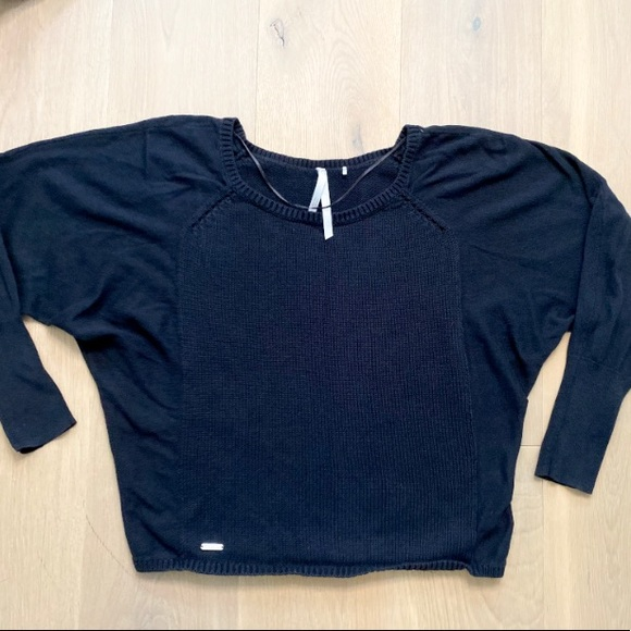 LOLË sweater size S